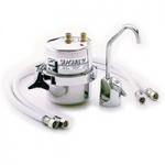 Waterzuiveraar voor 3.8 liter/minuut. Rechtstreeks aan te sluiten op de waterleiding voor gezuiverd water uit de kraan. (wordt geleverd met kraan)